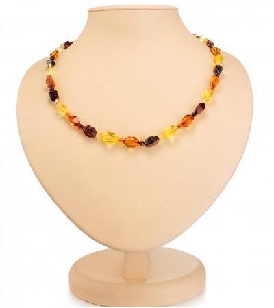 "Charming bright beads ""Alyonka"" from natural Baltic amber"