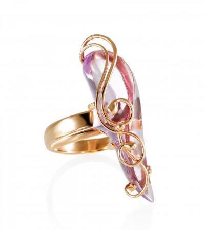 """Elegant gold ring with amethyst """"Serenade"""""""