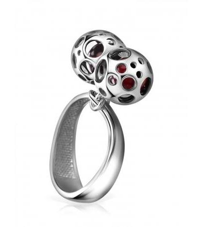 """Silver ring """"Geneva"""" with round pendants of silver and amber"""