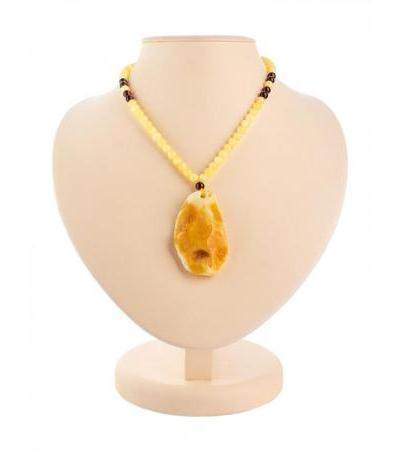 """Stylish necklace made of natural Baltic honey amber """"Laura"""""""