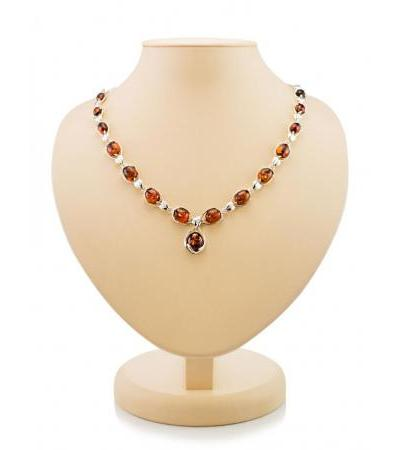 "Spectacular necklace ""Selena"" in silver with natural cherry amber"
