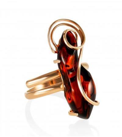 "Gilded ""Rialto"" ring with dark cognac amber"