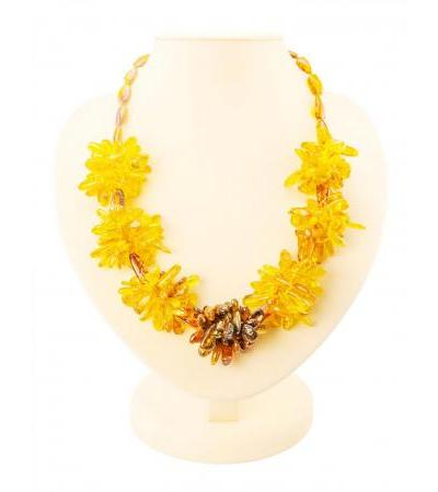 """Necklace with flowers from natural Baltic amber """"Chrysanthemum"""" on beads-olives"""