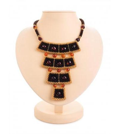 "Stylish necklace of beads and amber ""Lukomorye"" in a dark shade"