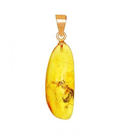 """Small pendant made of gold and natural amber with """"Clio"""" inclusion"""