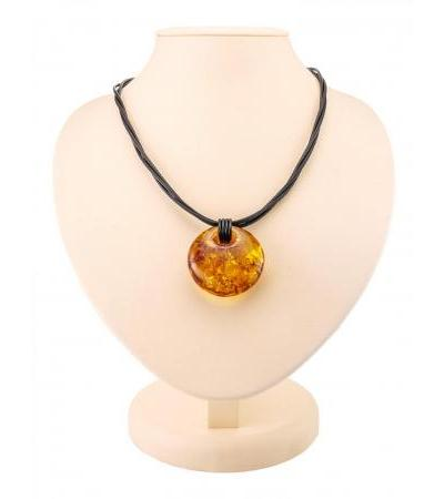 """Necklace with a large pendant made of natural sparkling amber """"Fortuna"""""""