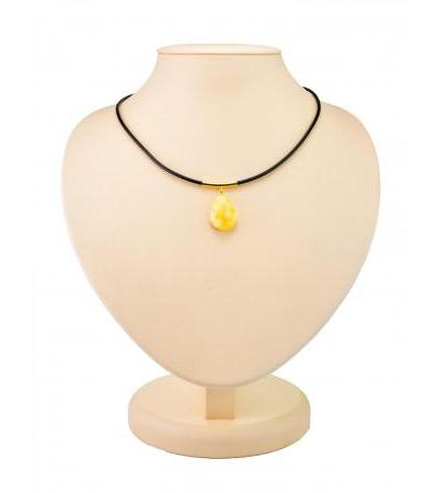 "Teardrop-shaped pendant made of natural Baltic amber with a milky texture ""Elsa"""
