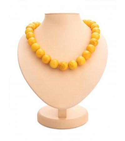 "Elegant beads made of molded amber ""Aged honey ball"""