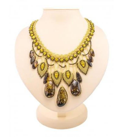 "Stunning spectacular necklace made of beads and sparkling amber ""Lukomorye"""