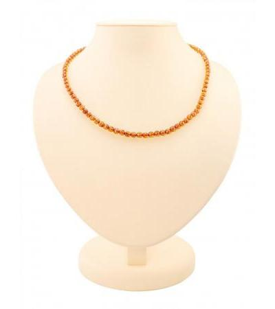 "Sparkling beads made of natural Baltic amber ""Diamond tea caramel"""