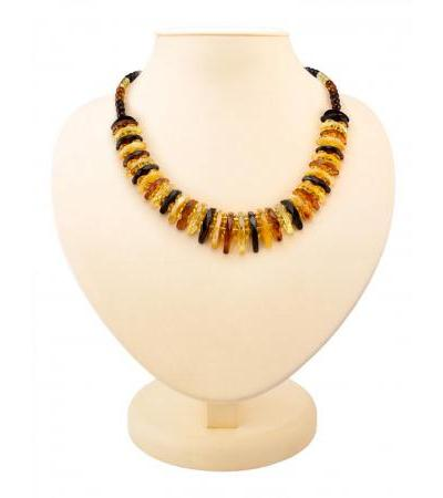 "Elegant necklace made of natural Baltic amber ""Tangerine diamond motley"""
