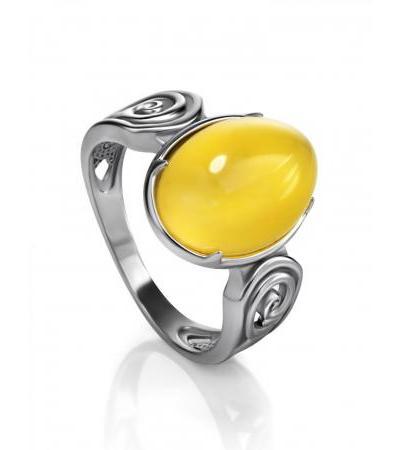 "Feminine silver ring with honey amber ""Mesopotamia"""