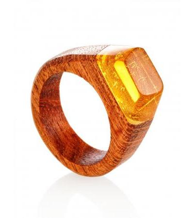 """Wooden ring, decorated with lemon amber """"Indonesia"""""""