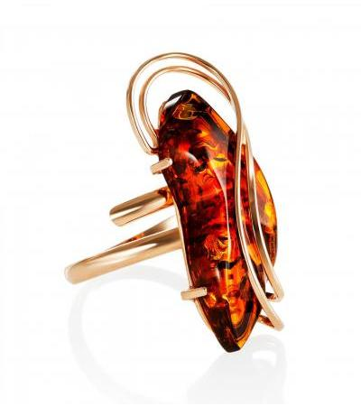 """Luxurious ring made of natural amber and gilded silver """"Rialto"""""""