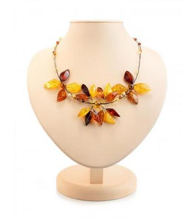 "Bright necklace made of natural sparkling amber on a string ""Primrose"""