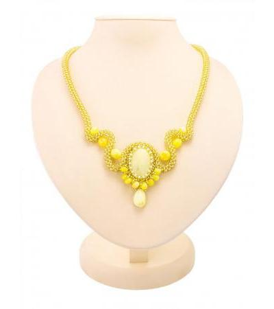 """Exquisite necklace made of beads and natural Baltic amber """"Lukomorye"""""""