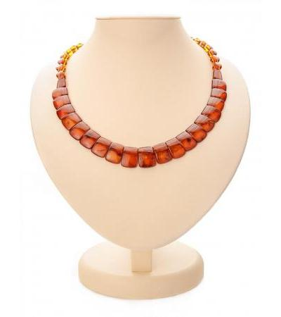 "Bright necklace made of natural Baltic amber in cognac color ""Plates"""