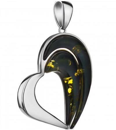 Стильный кулон-сердце из серебра и янтаря зелёного цвета «Санрайз»