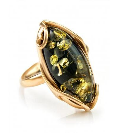 """Large ring made of 585 karat gold with an insert made of natural green amber """"Rococo"""""""