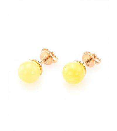 """Round earrings-studs made of gold and natural Baltic honey amber """"Berry"""""""