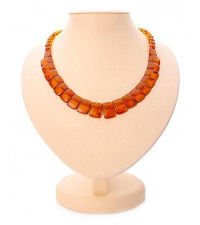"""Elegant necklace made of natural Baltic amber cognac color """"Plates"""""""