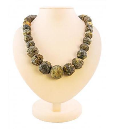 "Bulk beads made of natural Baltic amber ""Large black meteorite"""