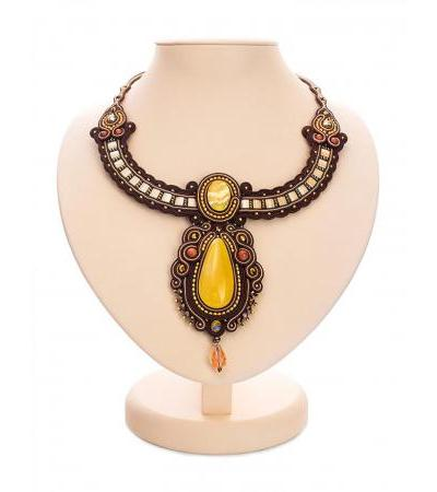 "Stylish original necklace decorated with natural Baltic amber ""India"""