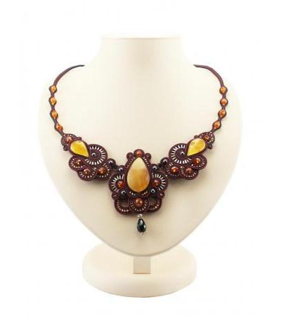"""Red openwork necklace with weaving elements and inserts from natural honey amber """"India"""""""